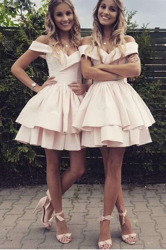 Off the Shoulder Pink Homecoming Dresses V Neck Above Knee Short Cocktail Dresses