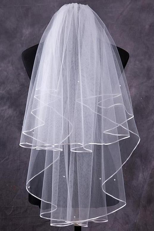Two-Tier Finger-Tip Bridal Veils With Ribbon Edge