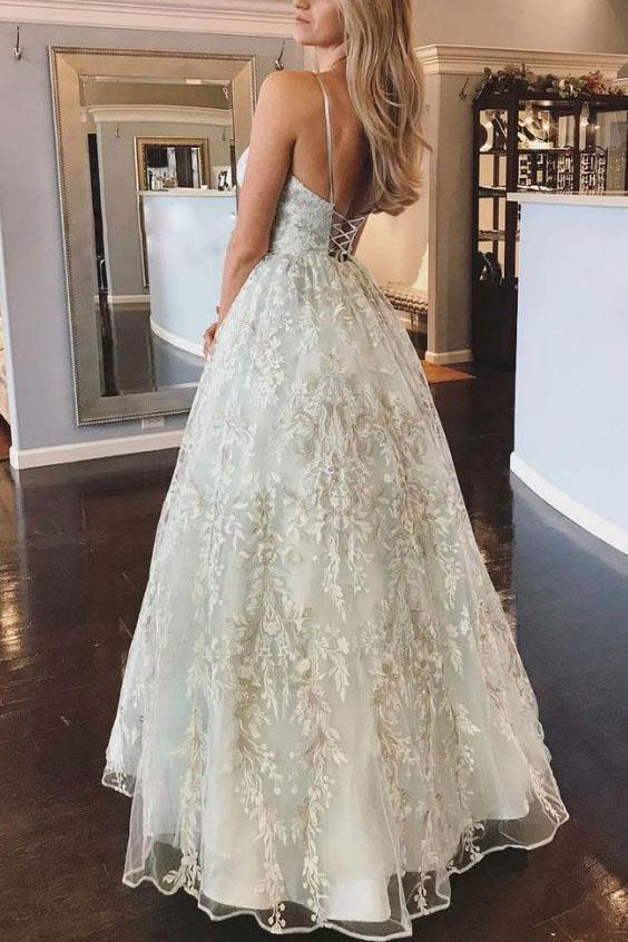 Spaghetti Straps Lace Appliques Beach Wedding Dresses with Lace up Wedding Gowns