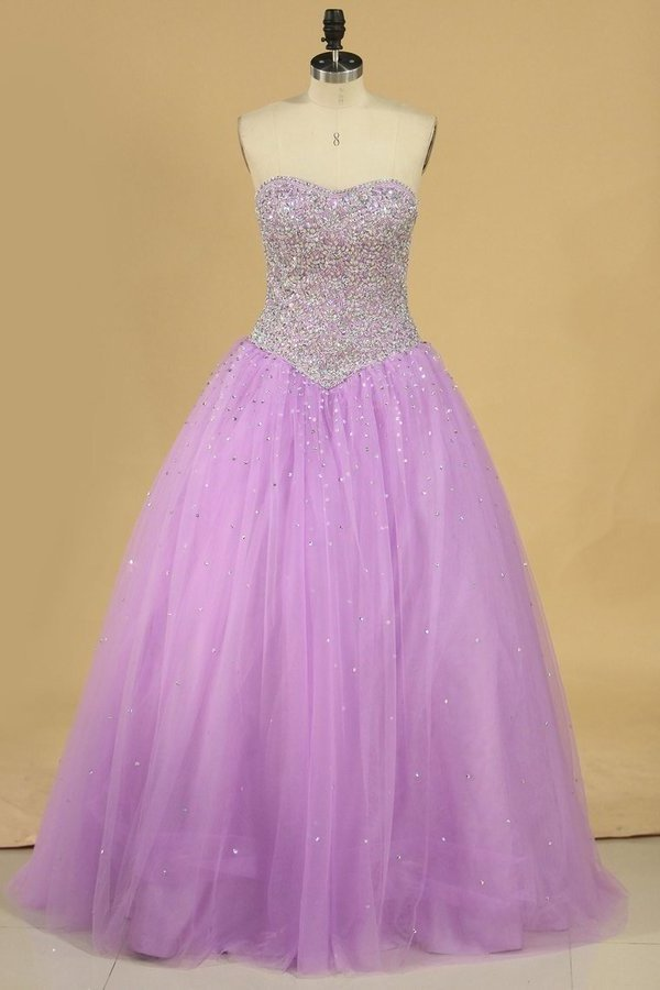 2020 Ball Gown Quinceanera Dresses Sweetheart Beaded Bodice Floor Length PQ1BB559