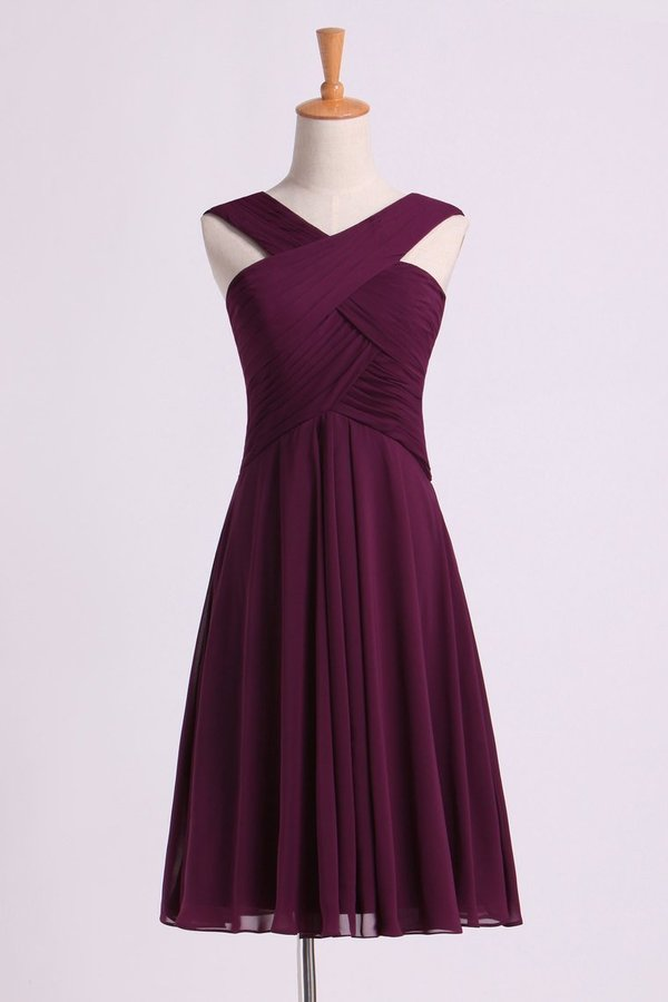 Bridesmaid Dresses Pleated Bodice V-Neck A Line Knee Length PAZBNE63