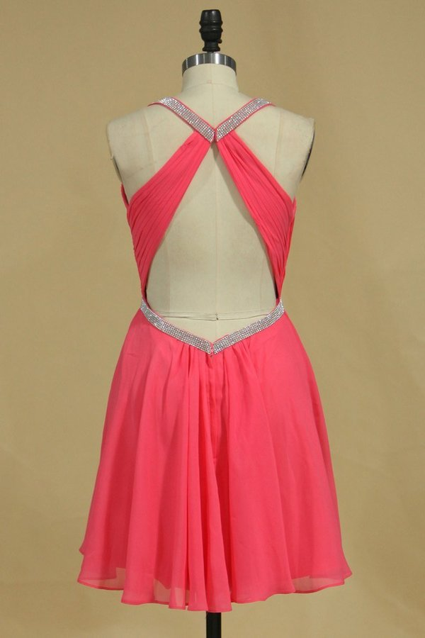 Halter A Line Short/Mini Homecoming Dresses Chiffon With Beads P37H1GQ2