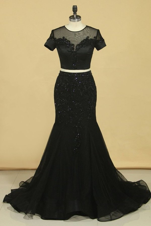 Black Two Pieces Scoop Short Sleeves Mermaid Prom Dresses With Beading PGR6FJAL