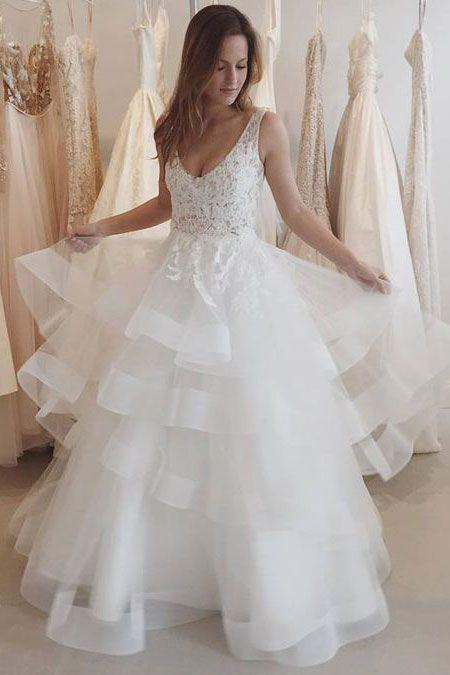 New Arrival Sexy A-Line V-Neck Sleeveless Backless White Tulle Occasion Wedding Dress