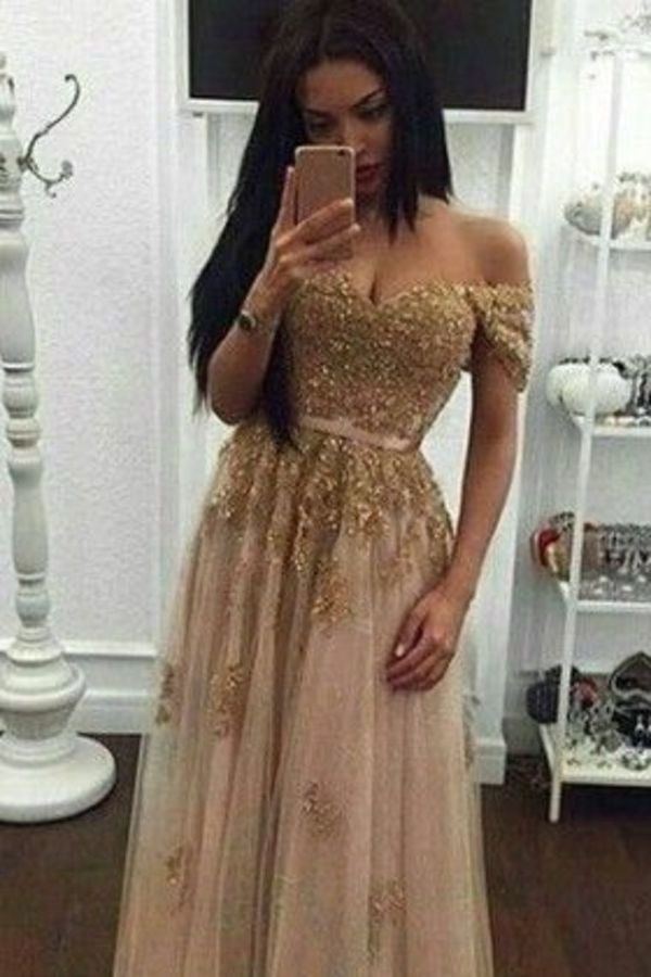 GorgeousTulle Prom Dresses Off The Shoulder With Appliques P4LC6A61