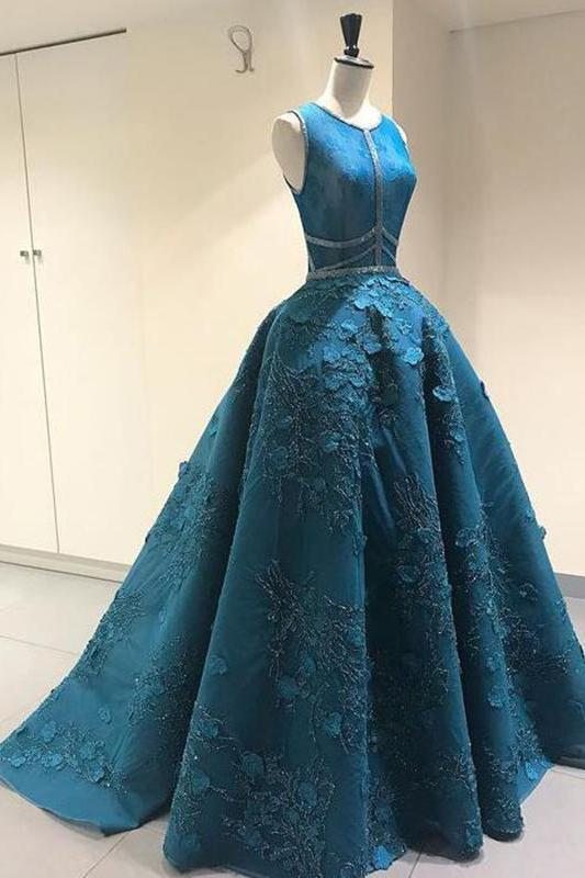 Vintage Lace Appliques Ball Gown Scoop Long Open Back with Pockets Prom Dresses