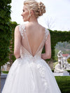 New Style A-line Scoop Neck Tulle Appliques Lace Court Train Backless Wedding Dress