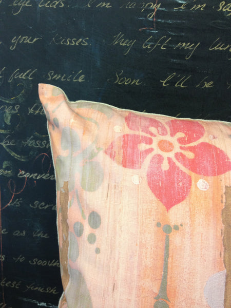 Pillow- Faded Wallpaper Floral Large