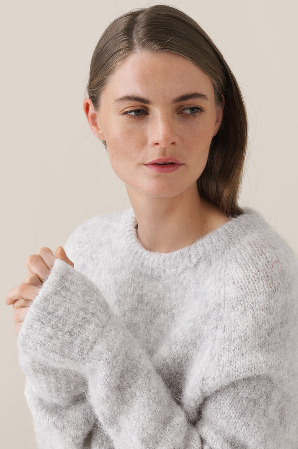 Leisa Knit O-Neck