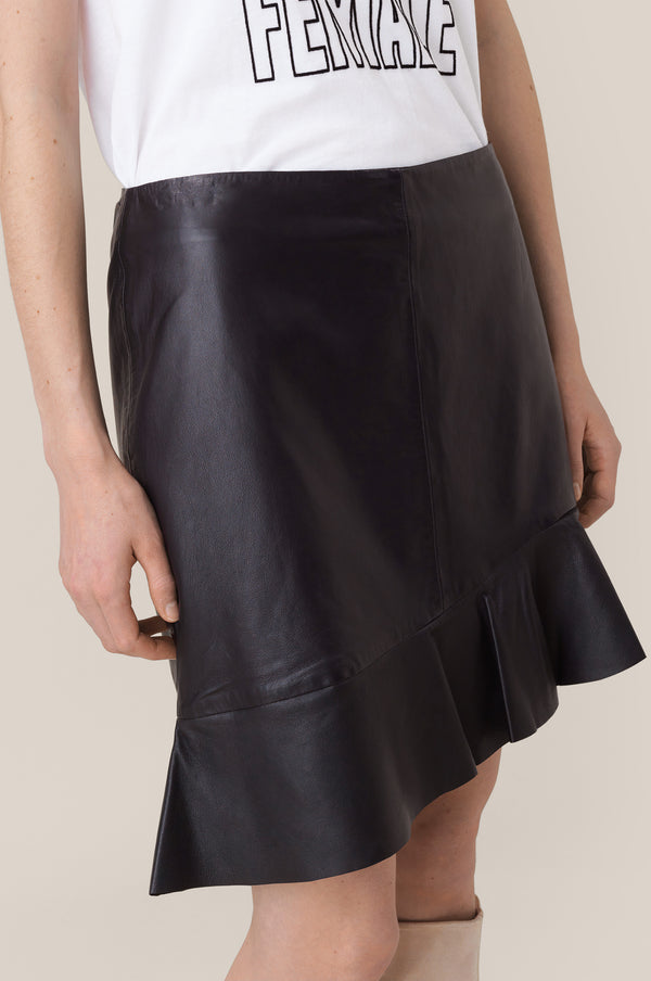 Scout MW Leather Skirt