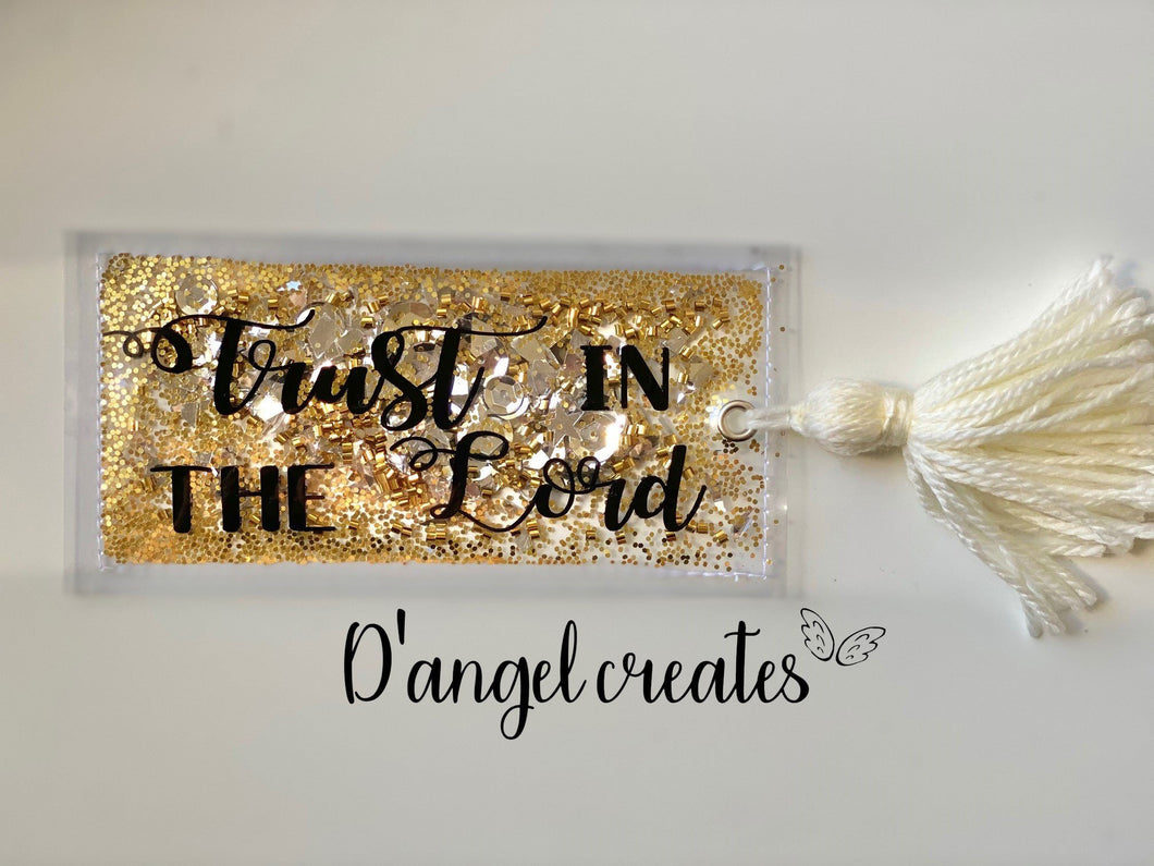 Golden Trust In The Lord Shaker Bookmark with yarn tassel - Single Tone Print