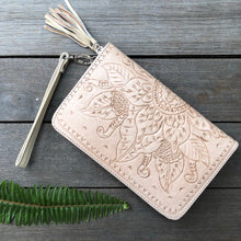 Load image into Gallery viewer, Hand  Tooled Leather Sunflower Zip Round Wallet
