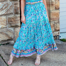 Load image into Gallery viewer, Tiered Maxi Skirt