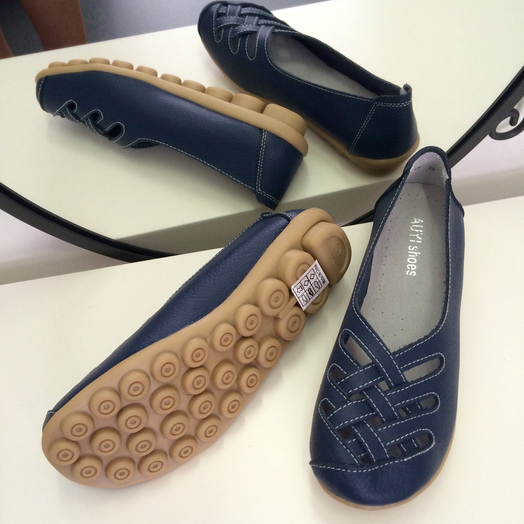 Navy Lattice Style Leather Nodule Shoes