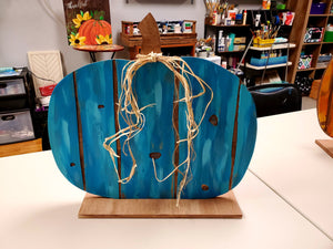 Faux Barnwood Standing Pumpkin Class, Thursday, October 15, 2020, 6:30 PM