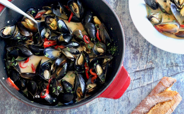 Mussels in Coconut Chile Broth