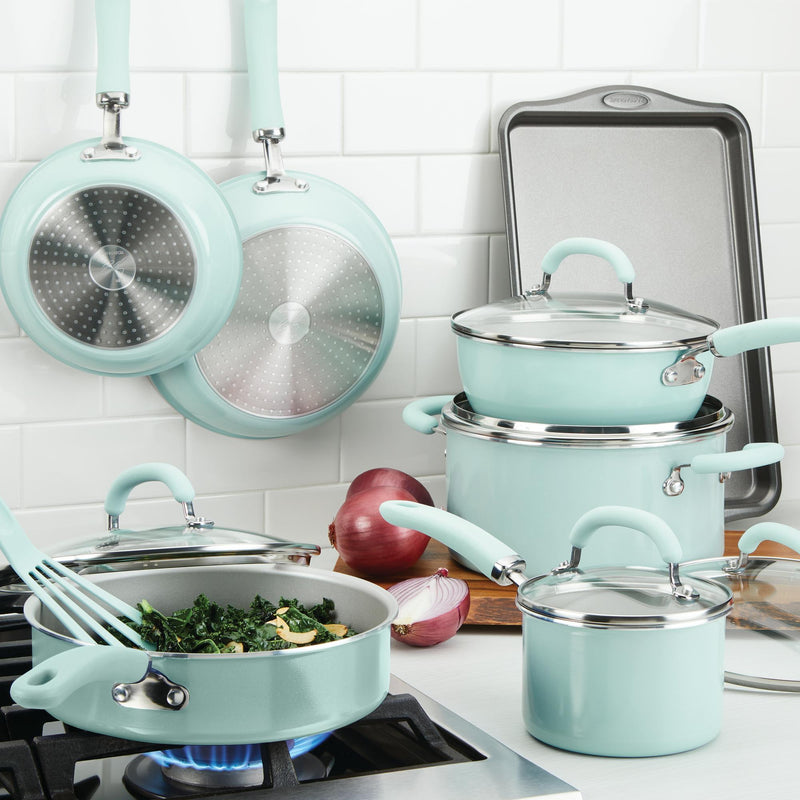 Create Delicious 13-Piece Cookware Set
