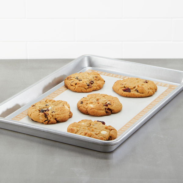 Sheet Pan with Nonstick Baking Mat