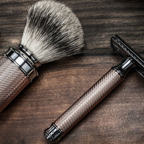 safety razor on a wooden bench