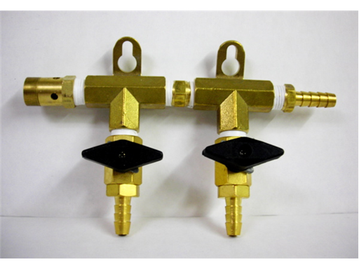 2-Way Manifold w/Shutoff Valves