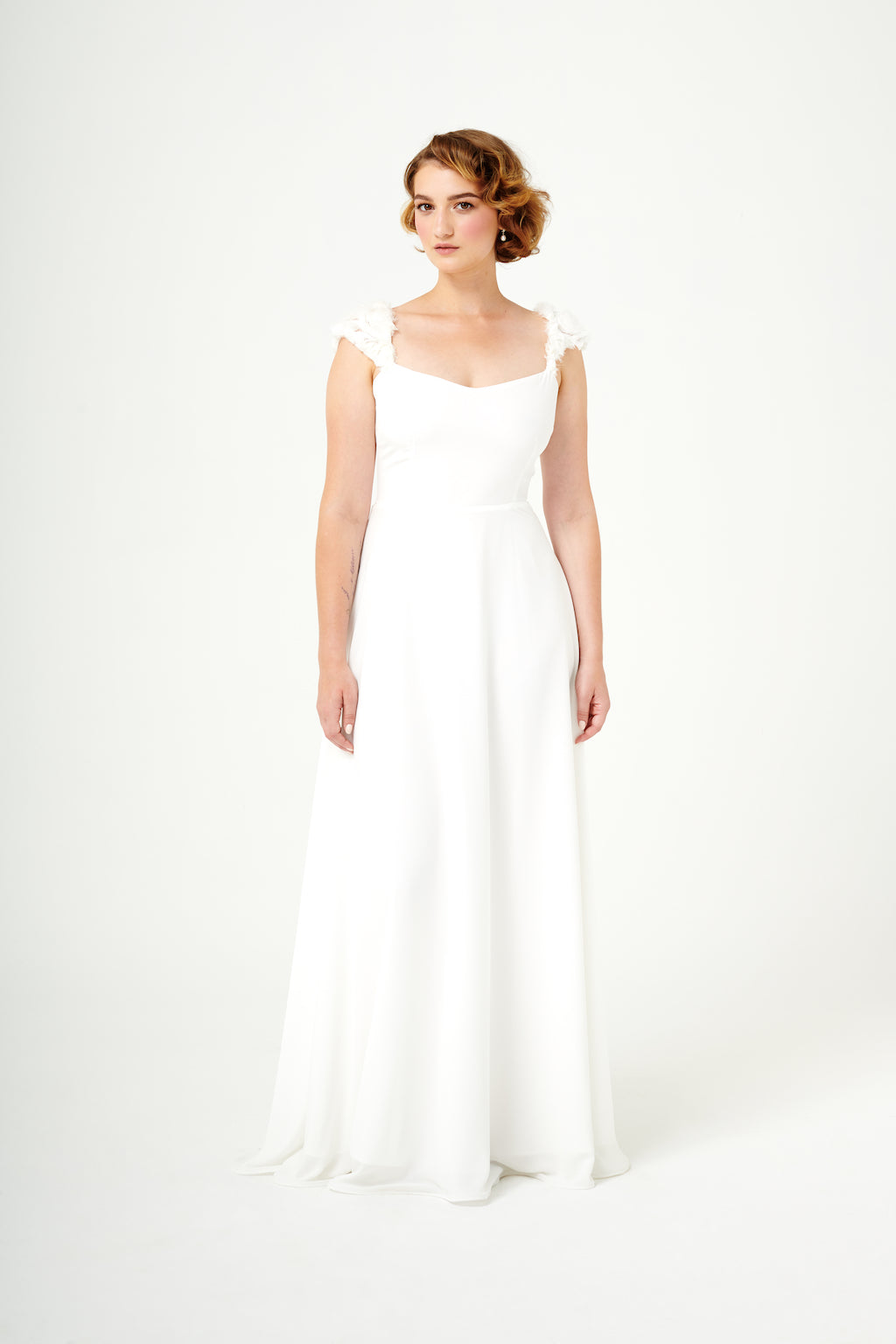 Sentier Secret | Textured Cap Sleeve Wedding Gown