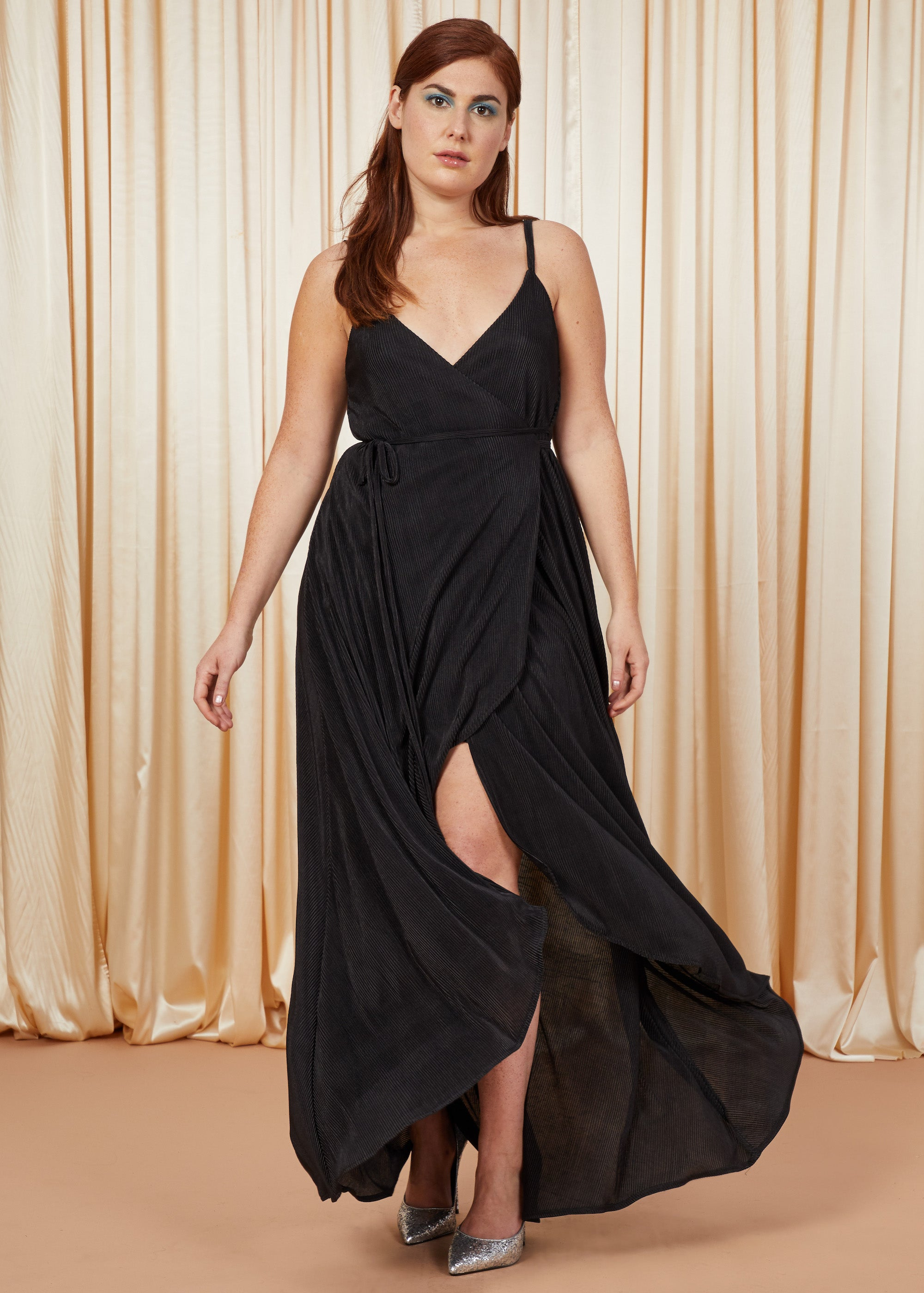 Drama Queen | Pleated Gown | Black