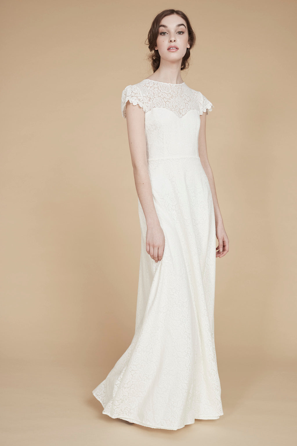 C'est le Temps de L'Amour Wedding Gown