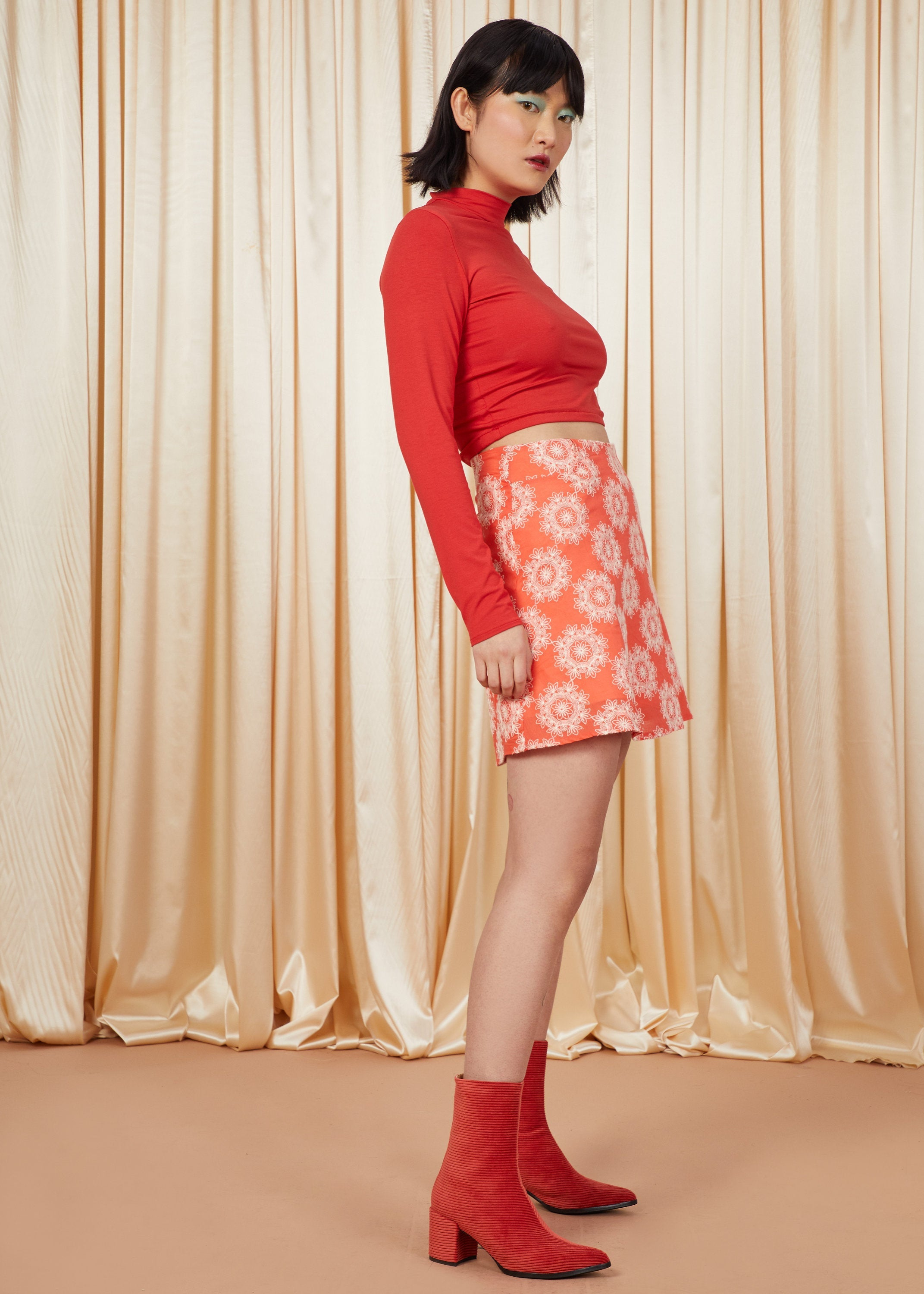 Riot | High-Waisted Mini Skirt | Coral