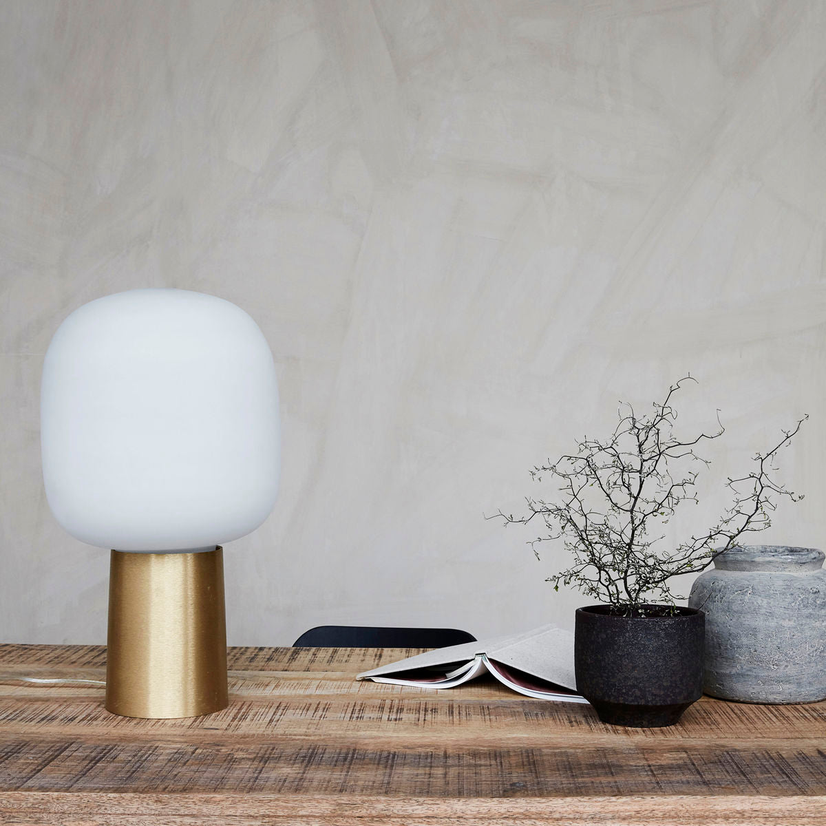 White and Brass Note Lamp