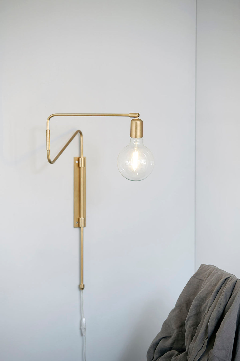 Brass Short Swing Wall Lamp