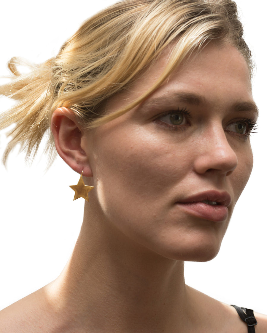 Star Bright Earring Gold - Serpent & the Swan