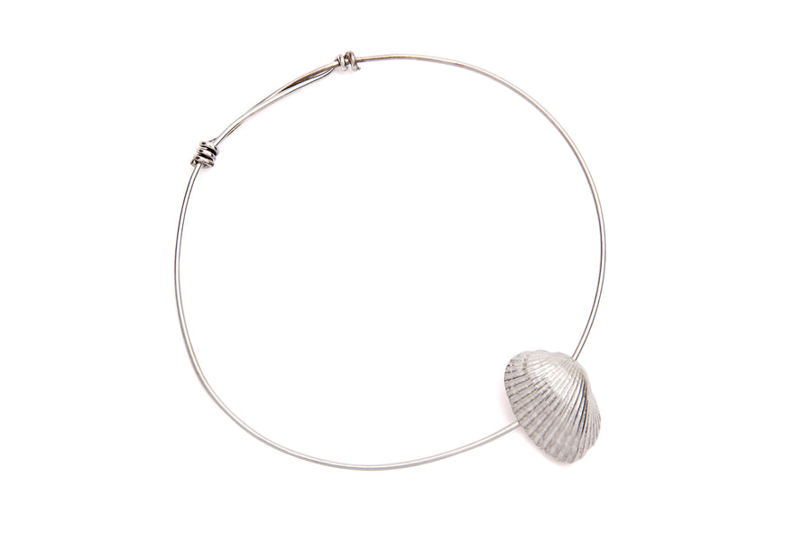Shell & Freshwater Pearl Bangle Silver - Serpent & the Swan