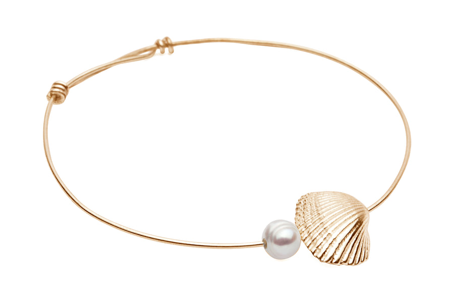 Shell & Freshwater Pearl Bangle Gold