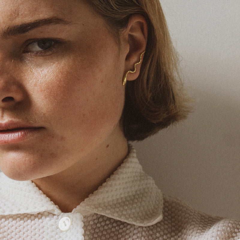 The Serpent Stud Earring Gold