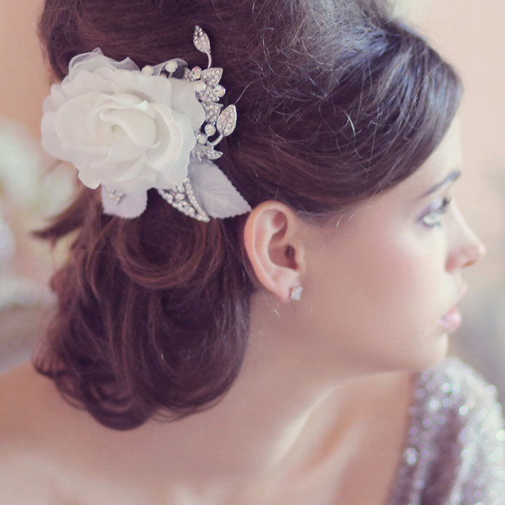 Feminine hair flower collection