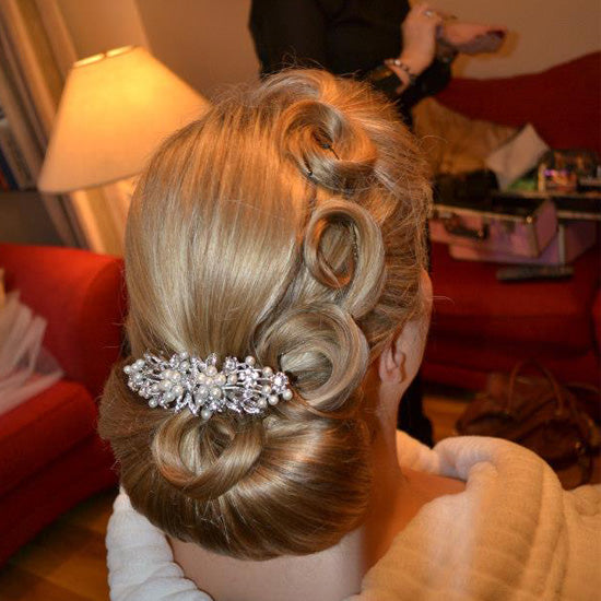 Laura wears Pearls of Extravagance Hair Comb by Glitzy Secrets
