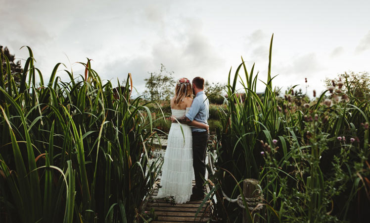 Roulotte Retreat Scotland for a nature inspired wedding