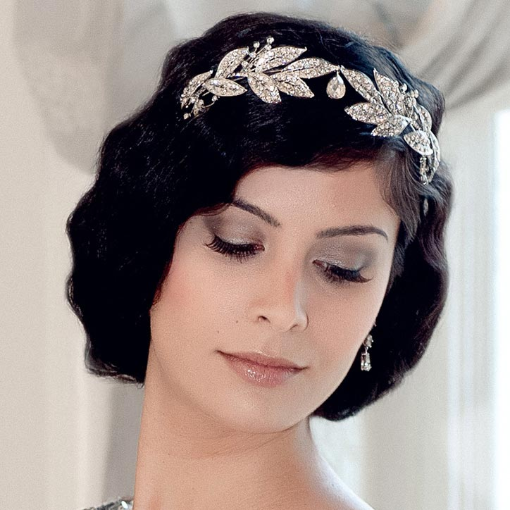 Browse our Vintage Wedding Hair Accessories