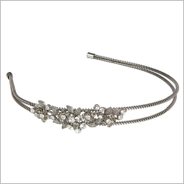 Timeless collection of vintage headbands for brides