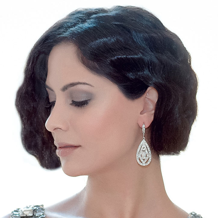 Classic collection of vintage wedding jewellery