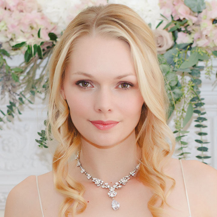 Crystal and pearl wedding necklaces