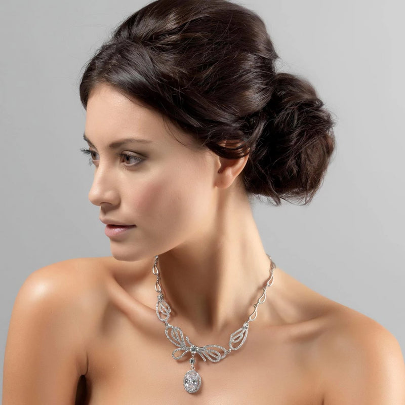 Forties Darling Crystal Bow Necklace
