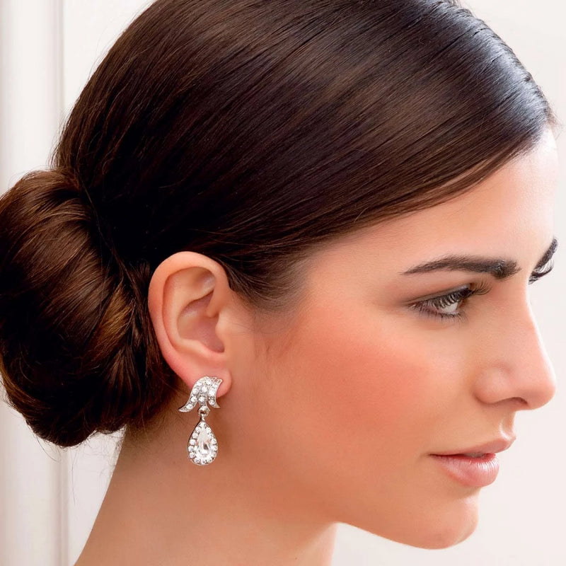 Graceful Starlet Crystal Drop Earrings