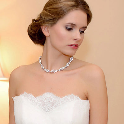 Model bride wears Pearls of Splendour Bridal Collar Necklace