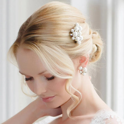 Statement of Pearl Wedding Hair Comb in a simple up-do