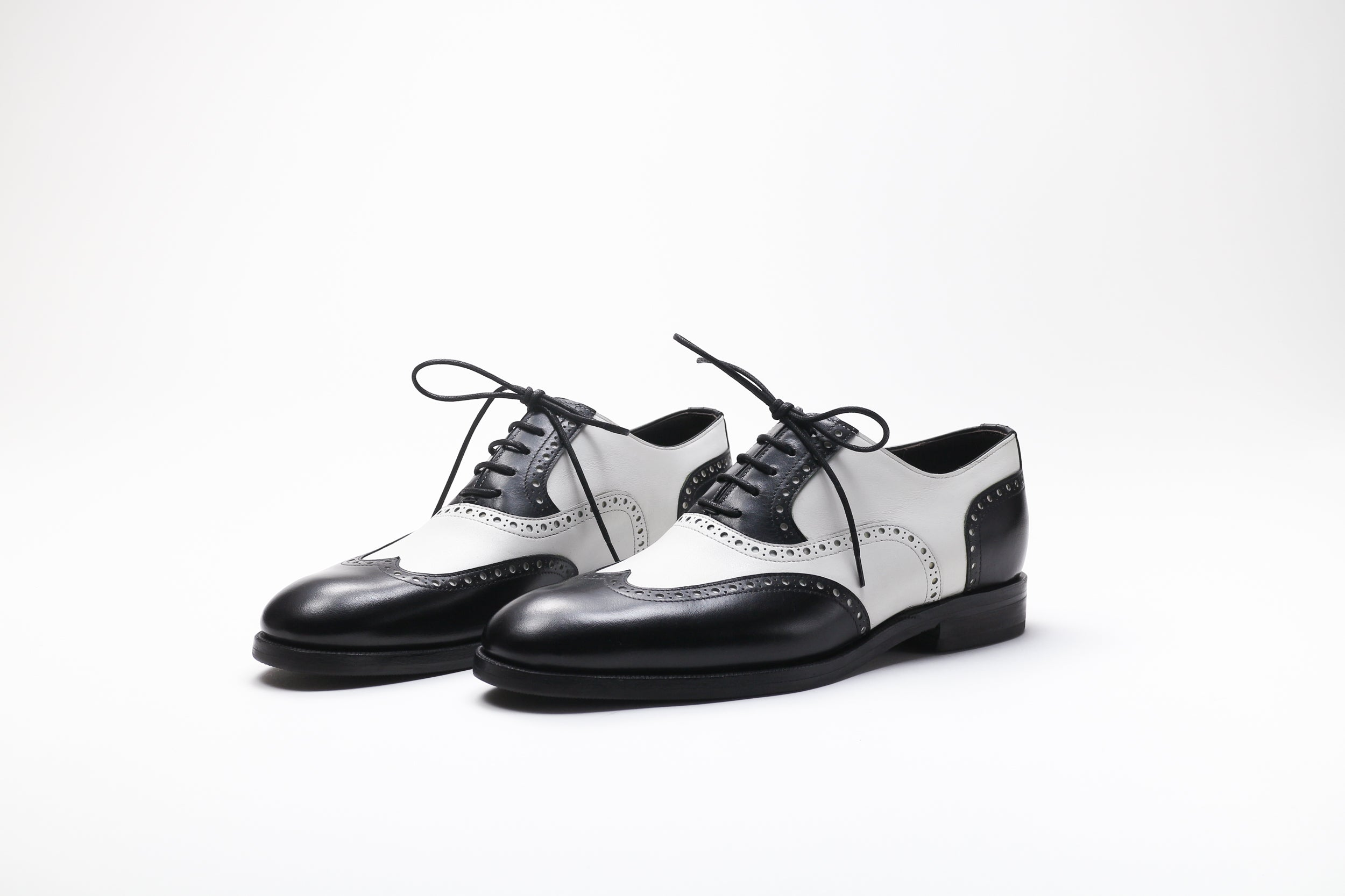 Zonkey Boot ladies spectators in black and white calf leather 2