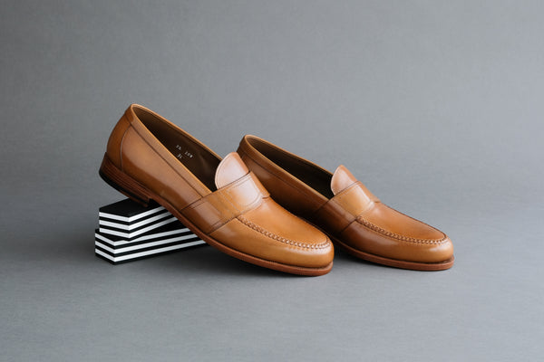 TwoZeroEight.Sienna College Loafers with Bologna Soles