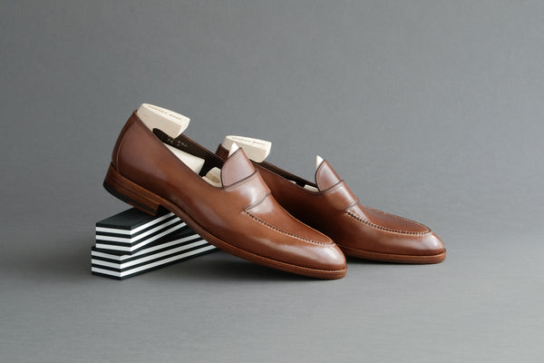 ZeroFourZero.Jasper Classic Slip-ons With Hand Sewn Aprons from Bavarian Calf