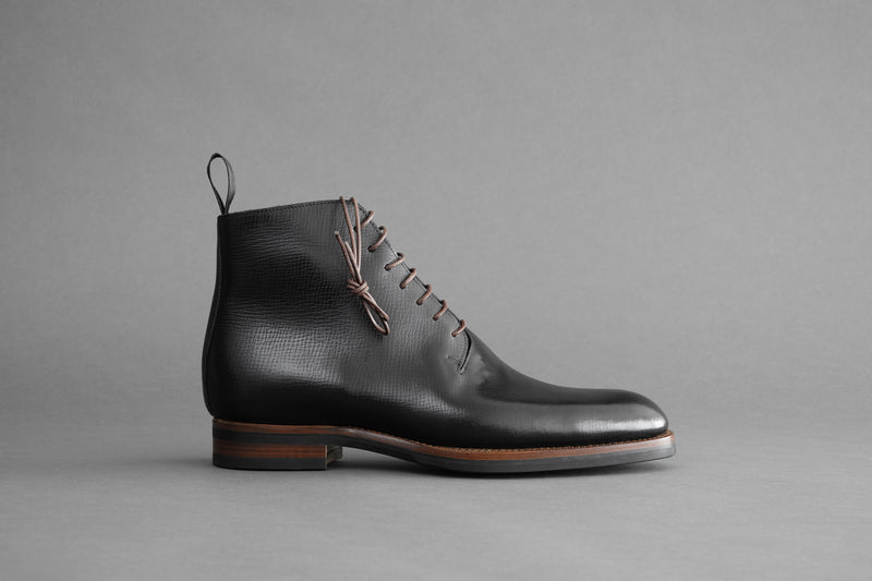 TwoThreeOne.Noir Wholecut Derby Boots from Russian Reindeer