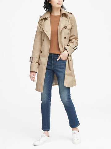 Water-Resistant Classic Trench Coat in Golden Beige